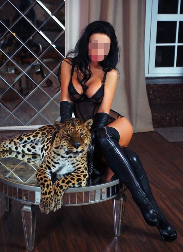 Пиздами оргазма проститутки салон москвы